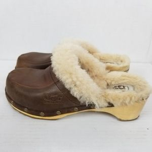Ugg Sherpa lined clogs